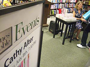 Cathy Alter book reading and signing at Georgetown Barnes and Noble
